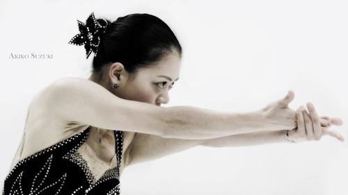 Akiko_suzuki_sp_2010_2011_tango_jal