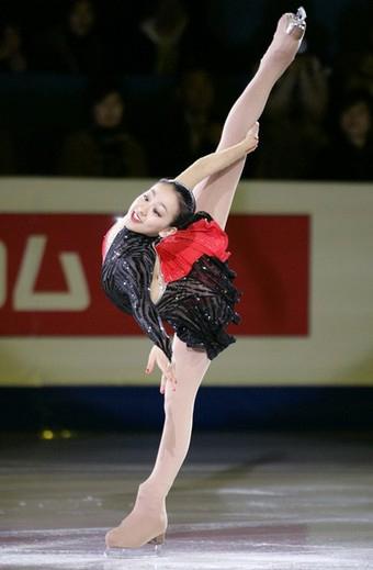 Mao_asada_tango_figure_skat